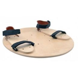 Wycinek kuli z sandałami