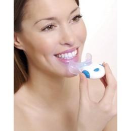 RIO BEAUTY Skuteczne i bezpieczne wybielanie zębów niebieskim światłem